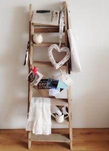 Ladder, Schilderstrap 2
